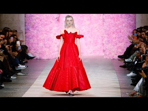 Giambattista Valli Fall Winter 2020 21 Paris Fashion Week