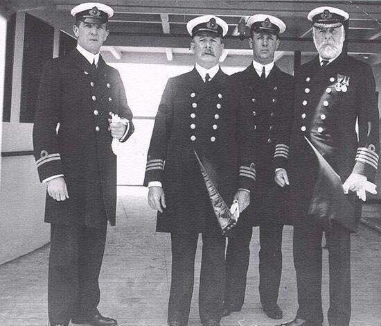 """Экипаж парохода """"Титаник"""" в день отплытия"""