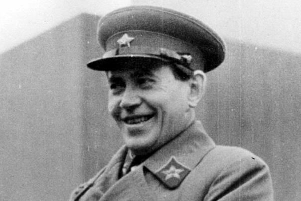 Казнь Кровавого карлика. Москва, 4 февраля 1940 года. Николай Ежов родился в 1895 году на территории современной Литвы в семье полицейского. В Советском Союзе у потомка лояльного царю служащего