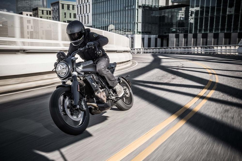 Мотоциклы Husqvarna Vitpilen / Svartpilen 701 отзывают из-за риска протечки топлива