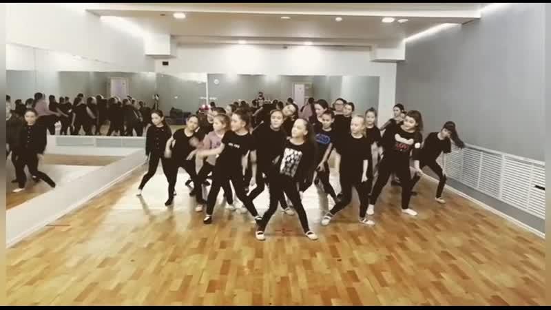 Школа танца Импульс NK (Настя Каменских) — ELEFANTE