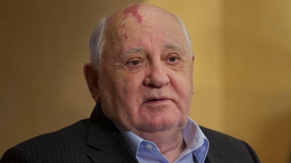 """Михаил Горбачев: """"Нынешний парламент ни на что не годен, это орган по существу паразитарный"""""""