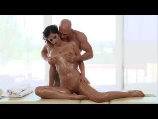 Karina White - Dirty Masseur 4 (Грязные Массажисты 4)