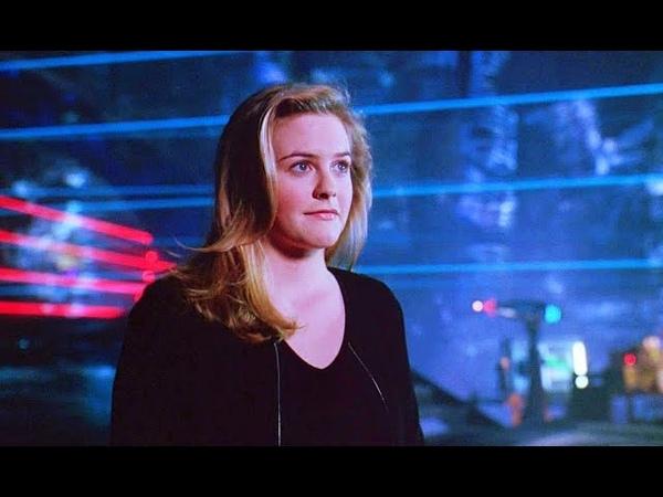Барбара Уилсон становится Бэтгёрл Бэтмен и Робин 1997 Момент из фильма