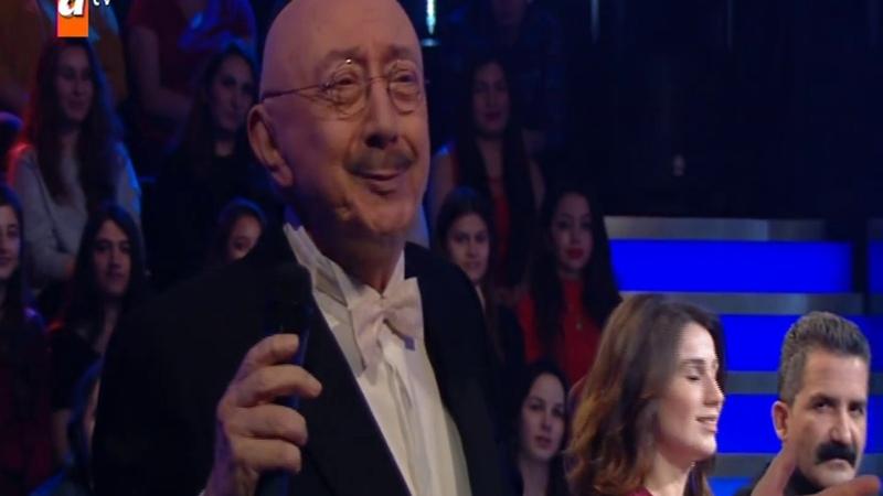 Özdemir Erdoğan Pervane Bana Ellerini Ver