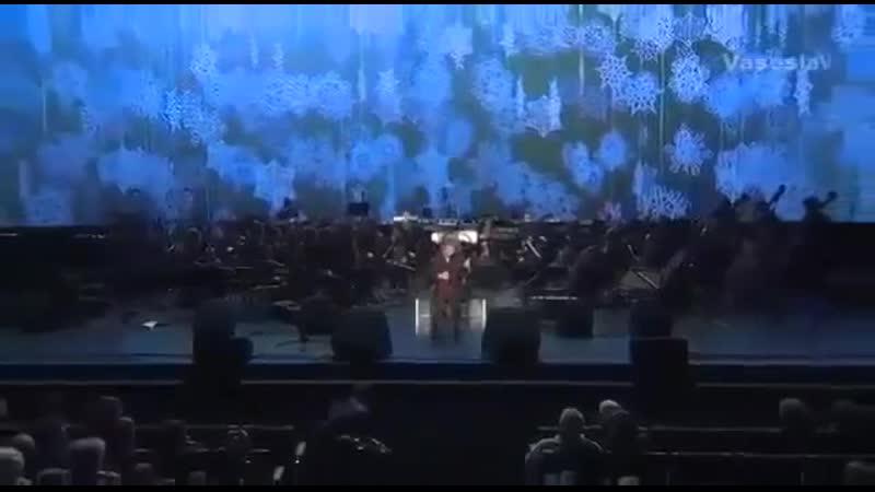 Шедевральное исполнение и очень красивая мелодия