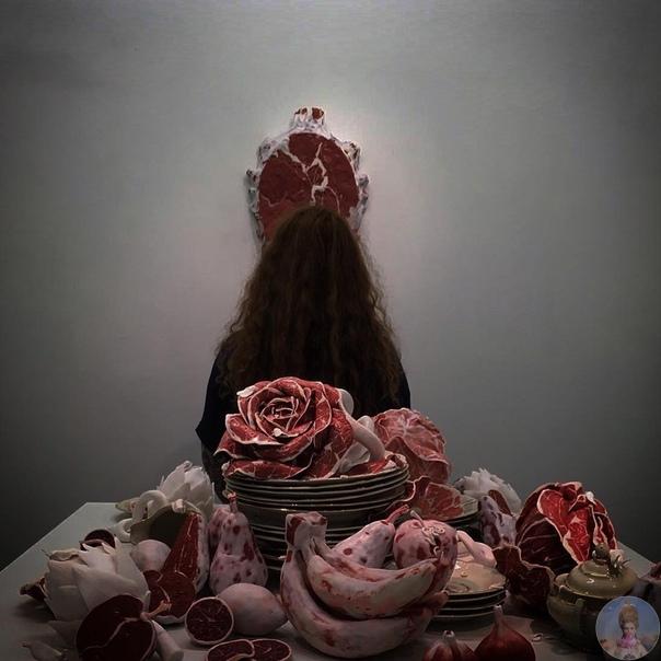 Дивный мир, сделанный из мяса работы скульптора Roni Landa
