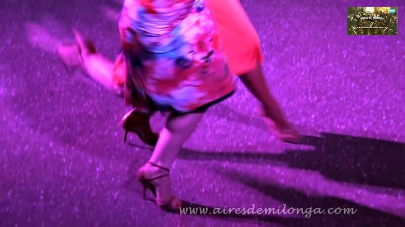 Dos mujeres en excelente show de tango, Corina Herrrera, Ines Muzzopappa en El Palais de Glace