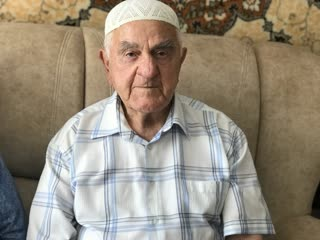 Месют куртмоллаев в юности потерял отца, дом и родину