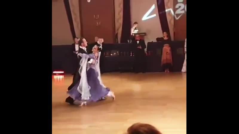 Дмитрий и Виктория Гаврилины в категории Сеньоры на конкурсе в г Вильнюс Литва 1 место медленный вальс