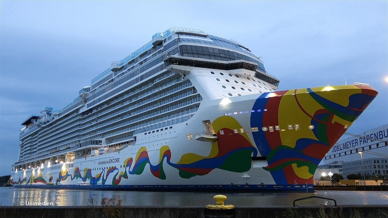 NORWEGIAN ENCORE   the spectacular giant big ship launch deep in the night at MEYER WERFT   4K-Video