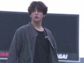 jungkook is so perfect it makes me sick