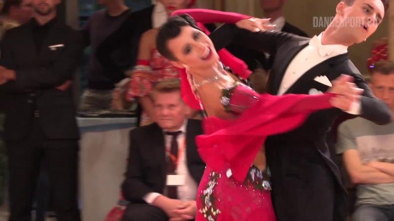 Mateusz Brzozowski Justyna Mozdzonek POL English Waltz DanceComp Wuppertal 2019