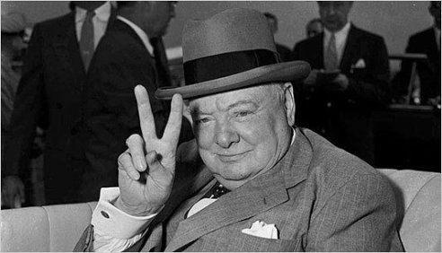 Однажды Черчилль сказал: - Я всегда думал, что умру от старости. Но когда Россия, некогда кормившая всю Европу, стала покупать хлеб, я понял, что умру от