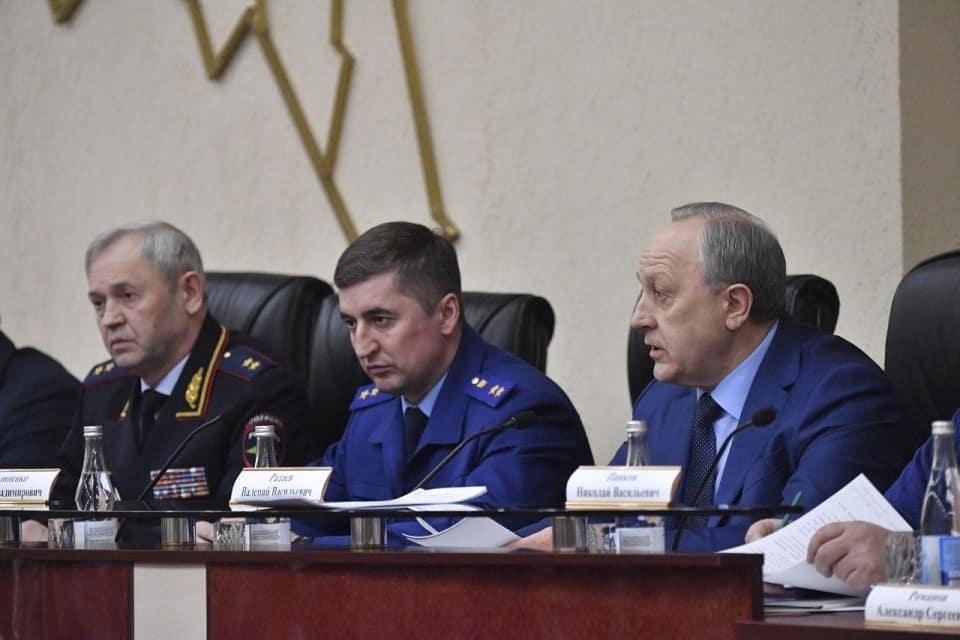 В правительстве Саратовской области проходит заседание Координационного совета по противодействию распространению коронавируса