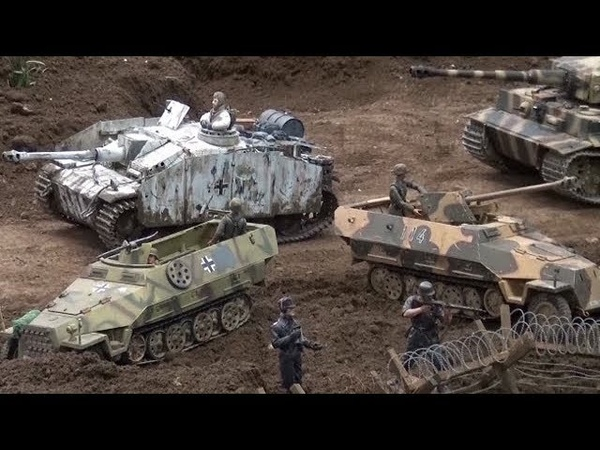 RC Tanks in Action Erfurt Part 1 Tiger Panzer IV Sherman WW2 ♦ Erlebniswelt Modellbau 2017