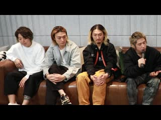 ONE OK ROCK chat about their crazy career and the Japanese music (Рус.суб.)