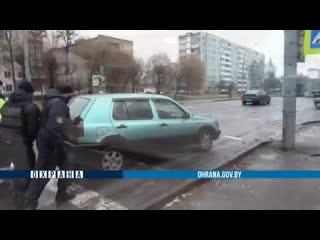 19 ноября в Могилеве на дороге тушили автомобиль.