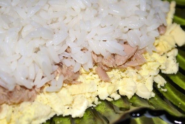 """Салат """"Бангладеш"""" с рисом и консервой"""
