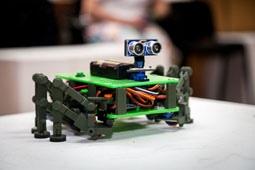 Липецкие школьники победили во Всероссийской олимпиаде по робототехнике