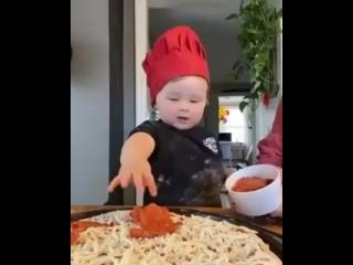Как вам такой кулинар ?