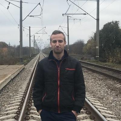 Александр Горячий