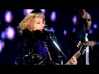 13) MADONNA - Ray Of Light (The Confessions Tour) 2006 (HD) ()