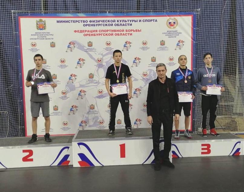 Борцы «Спартака» показали хорошие результаты на областных соревнованиях