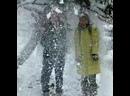 Как радуются взрослые дети снегу в Крыму😆