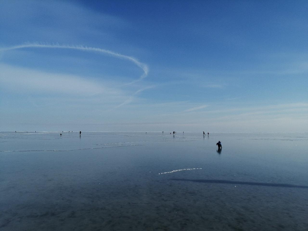В Таганроге более 20 человек унесло в Таганрогский залив на льдине, в том числе и детей
