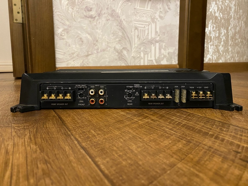 Купить 4х канальный усилитель звука  Sony | Объявления Орска и Новотроицка №13501