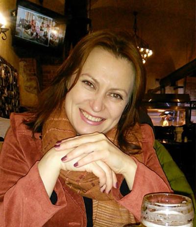 Yulia, 42, Saint Petersburg