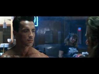 Шварценеггера поменяли на Сталлоне. Нейросеть поставила другого актера в фильм Терминатор-2. Получилось очень любопытно.