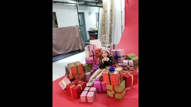 201123 24 pilates s mag heejin loona
