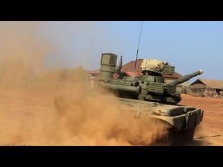 """Российские танкисты провели первое совместное занятие с лаосскими коллегами на учениях """"Ларос-2019"""""""
