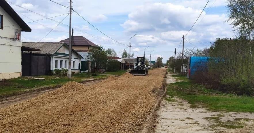 В Петровске продолжаются дорожные ремонтные работы