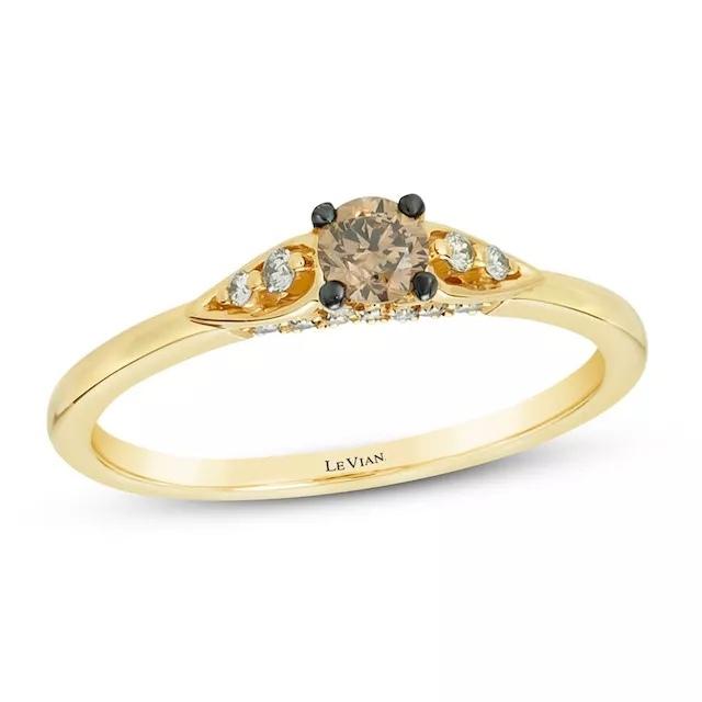 EJILGEwORVI - Шоколадные бриллианты в обручальных кольцах - звучит мечтательно