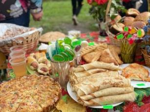 В Колюбакинской школе Рузского городского округа состоялась традиционная осенняя ярмарка