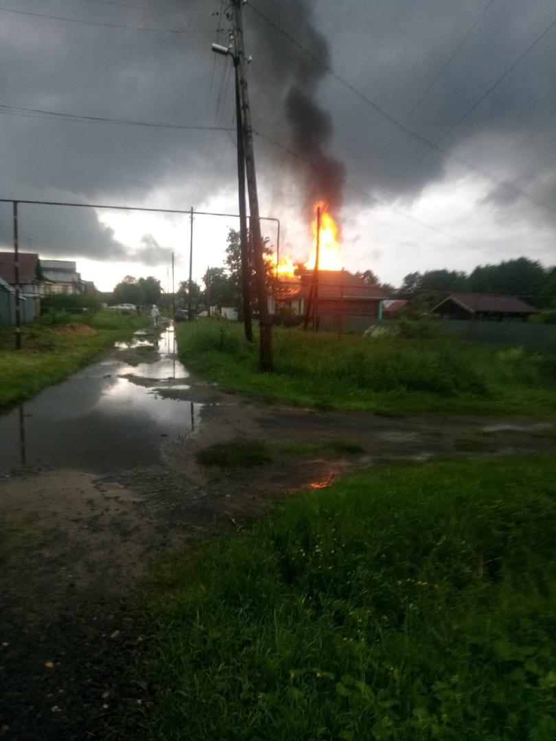 в Кулебаках сгорел дом от удара грозы