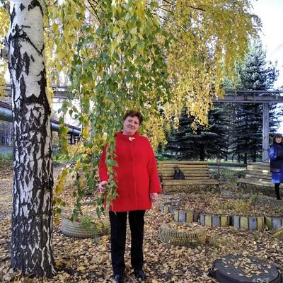 Marina, 53, Verkhnyaya Salda