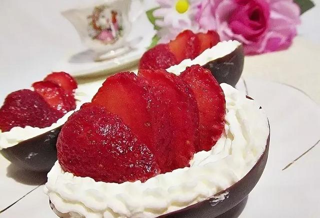Восхитительные клубничные десерты: коллекция рецептов и идей