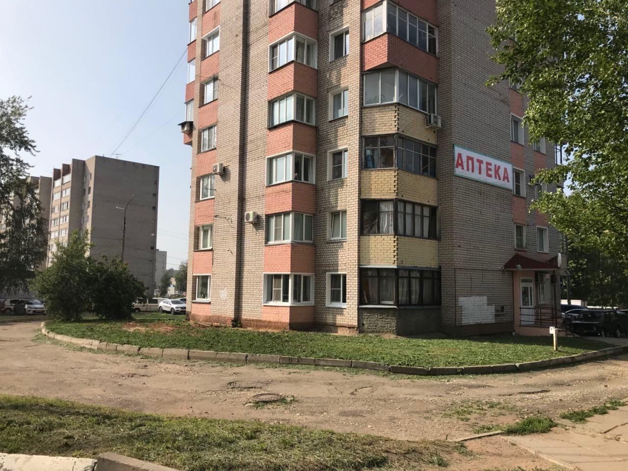 Улица Московская дом 136- кошение травы