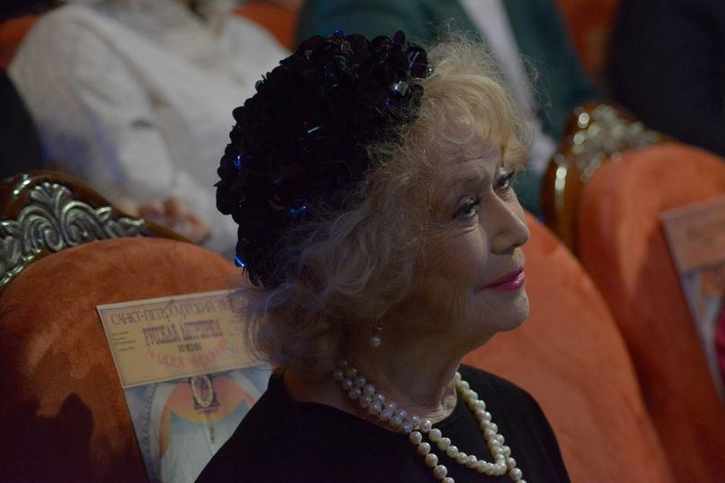 Народная артистка РСФСР Светлана Немоляева