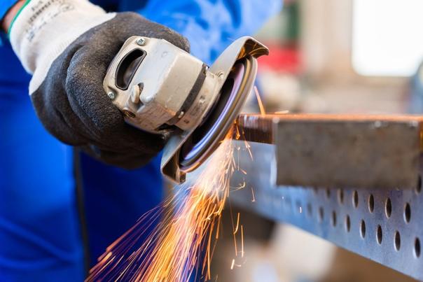 Требуется: Слесарь по зачистке металлаОбязанности:...