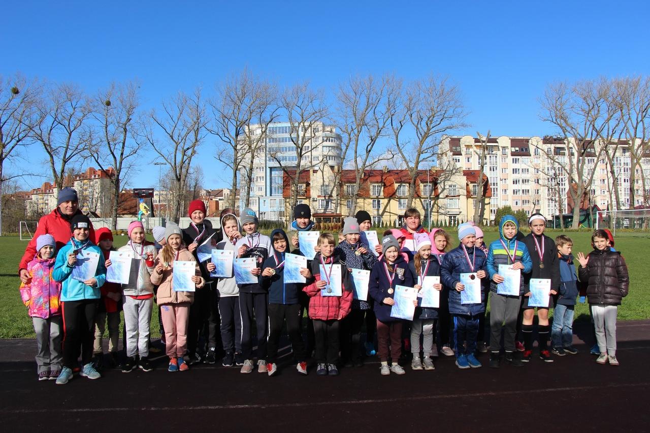 23 апреля 2021года в г. Зеленоградске в рамках реализации регионального проекта «Успех каждого ребенка» впервые состоялось первенство МАУ ДО ДЮСШ «Янтарь» по легкоатлетическому кроссу.