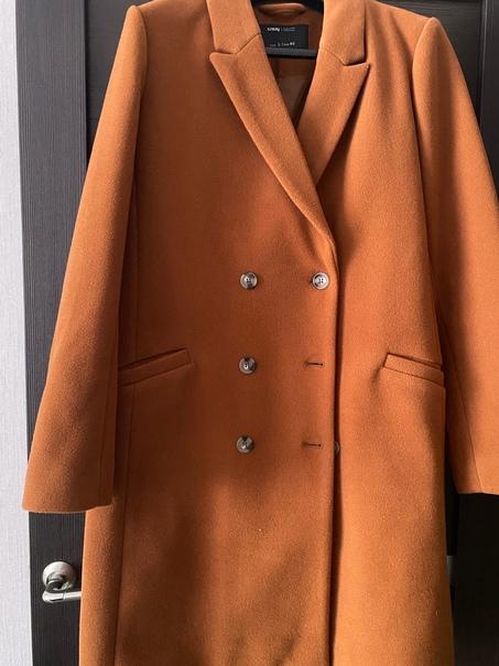 Продаю верхнюю одежду и зим.ботинки (пальто весна-...