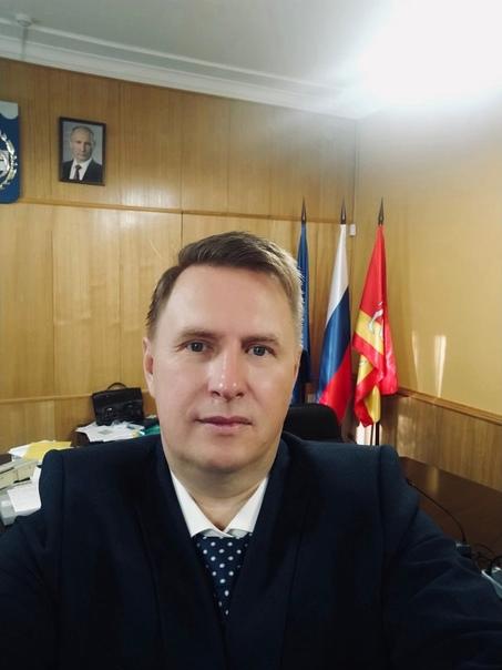 Озёрск снова с мэромМэр Озёрска Евгений Щербаков вышел на...