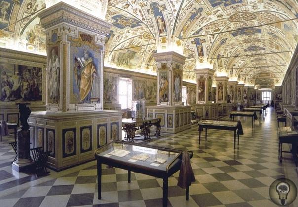 Самая секретная библиотека Считается, что огромнейшая библиотека Ватикана, появившаяся в XV веке, хранит в себе чуть ли не все священные знания человечества мол, в ней можно найти ответы на