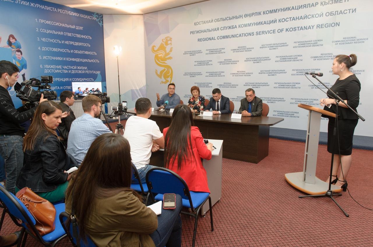 Аким Утегенов извинился перед обществом за разрушенный памятник в честь 550-летия Казахского ханства