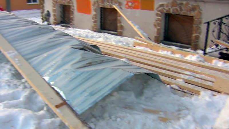 В Перми большинство строительных ограждений содержится с нарушениями